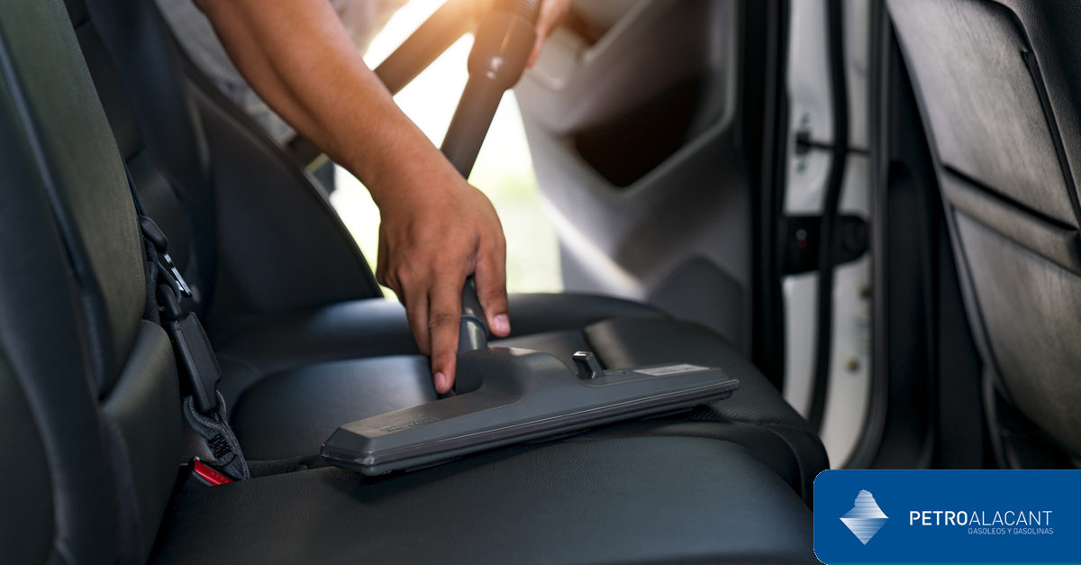 Como limpiar el interior del coche