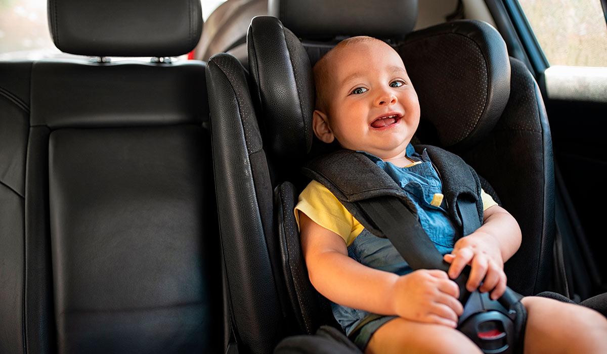 Tips para viajar con niños en el coche